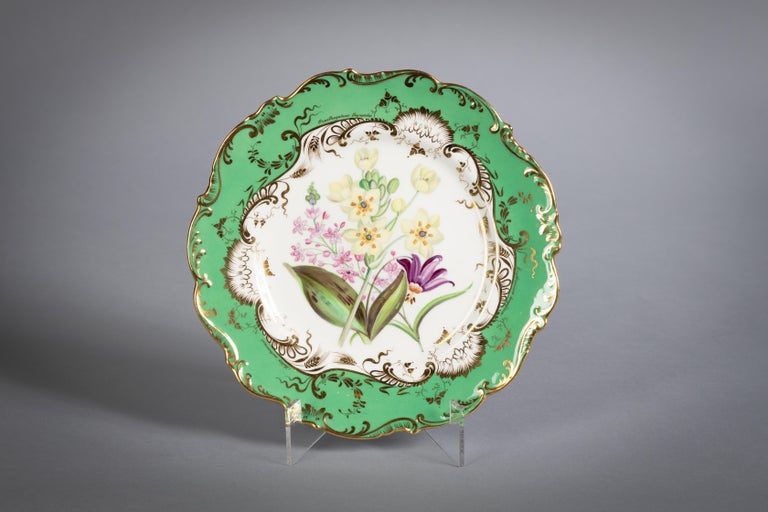 English Porcelain Botanical Dinner Service, Coalport, circa 1840 For Sale 1