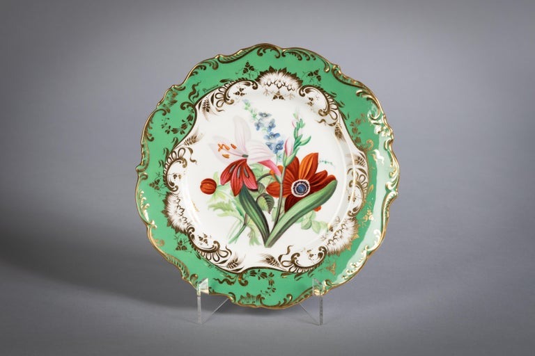 English Porcelain Botanical Dinner Service, Coalport, circa 1840 For Sale 4