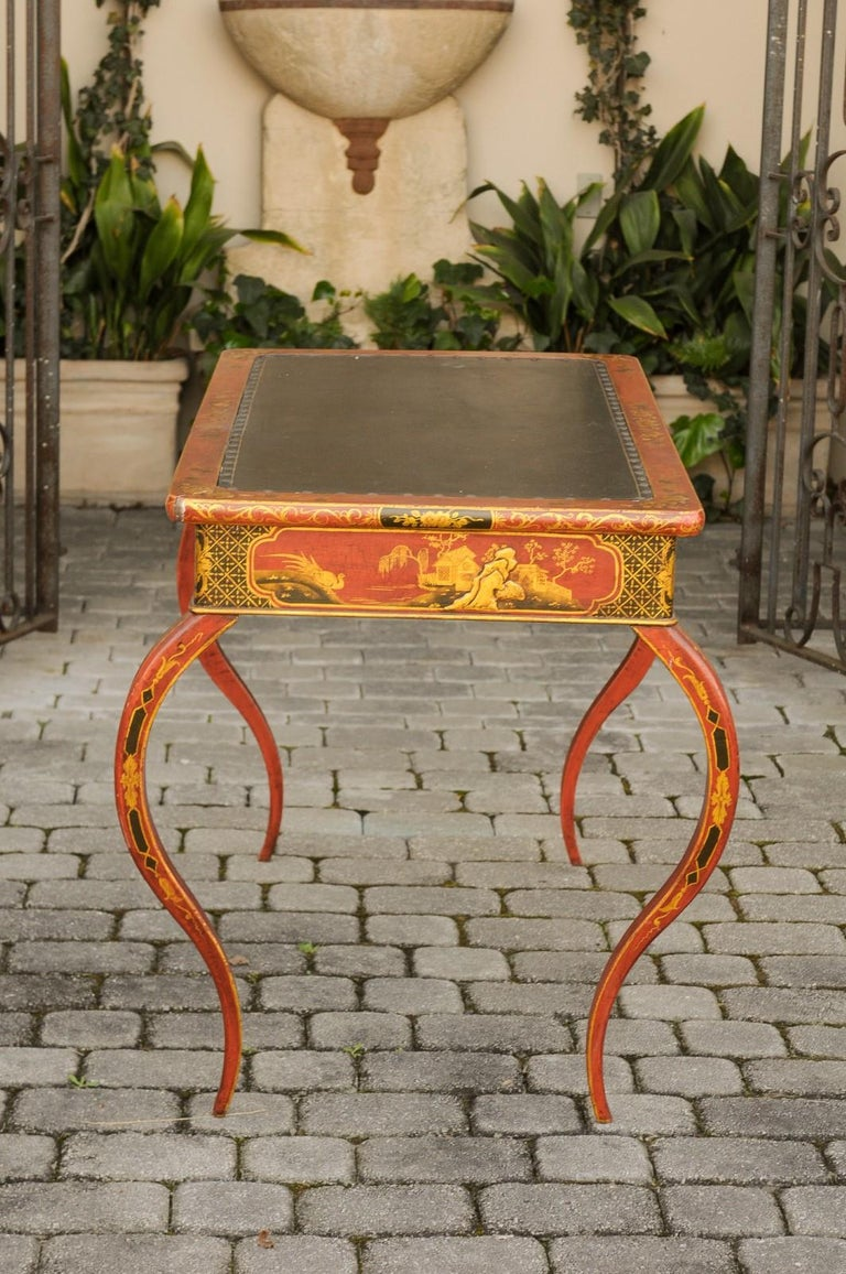 English Regency 1820s Table with Red Lacquered, Gold and Black Chinoiserie Decor For Sale 4