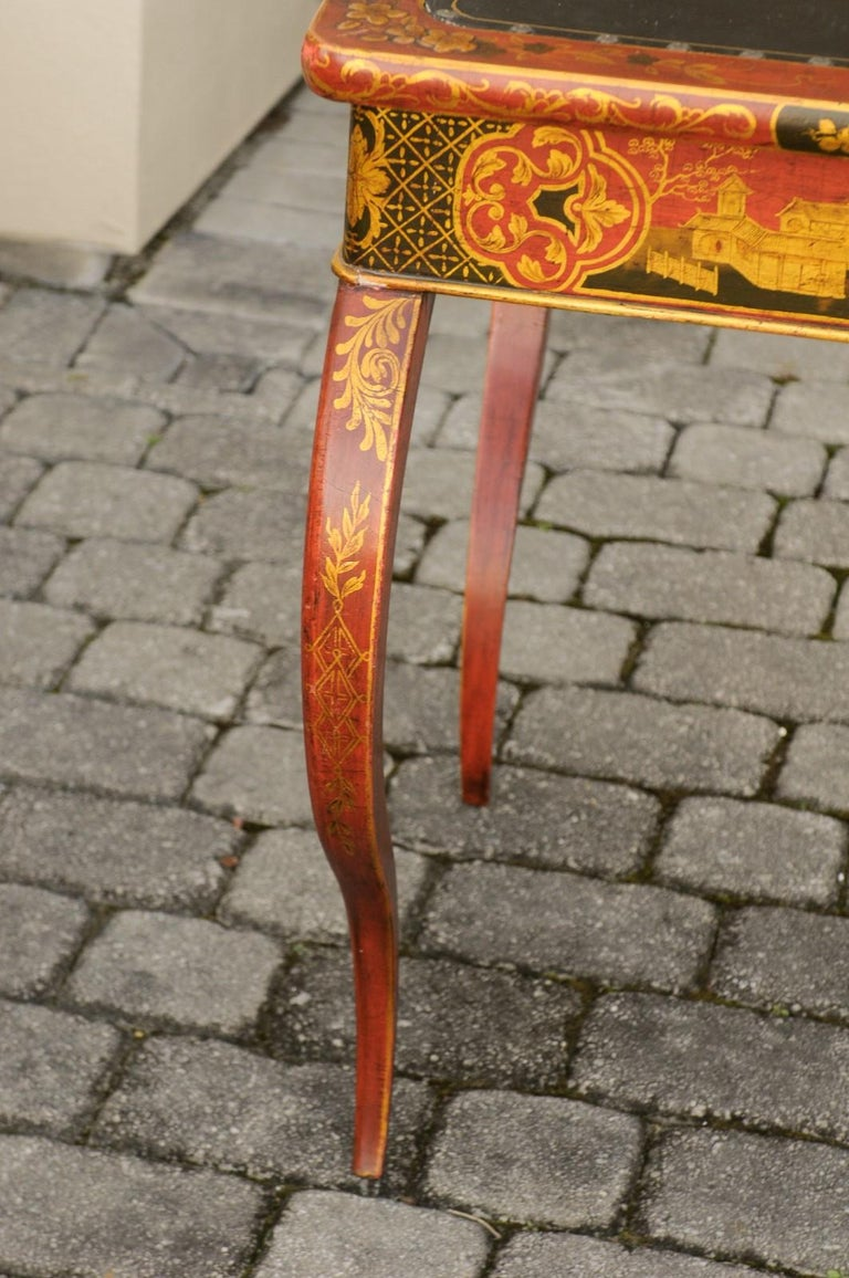 Wood English Regency 1820s Table with Red Lacquered, Gold and Black Chinoiserie Decor For Sale