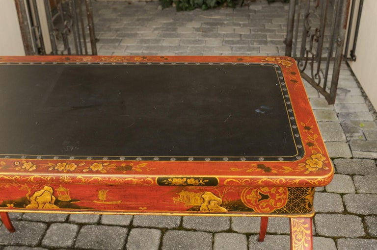 English Regency 1820s Table with Red Lacquered, Gold and Black Chinoiserie Decor For Sale 2