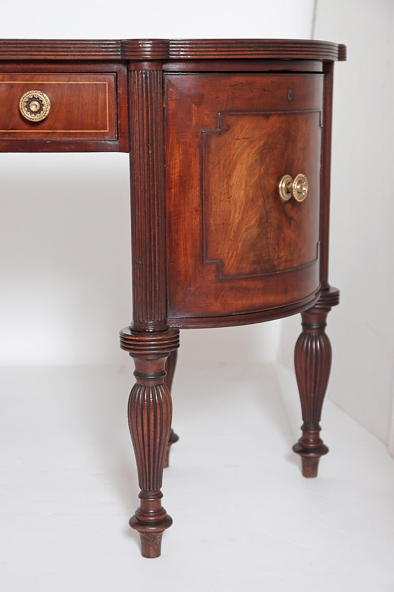 English Regency Celleret Sideboard, circa 1810 In Good Condition For Sale In Dallas, TX