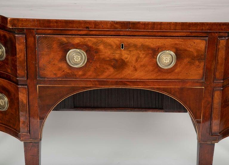 English Regency Mahogany Sideboard For Sale 1