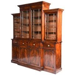 English Regency Period Mahogany Breakfront Bookcase of Smaller Scale, circa 1810