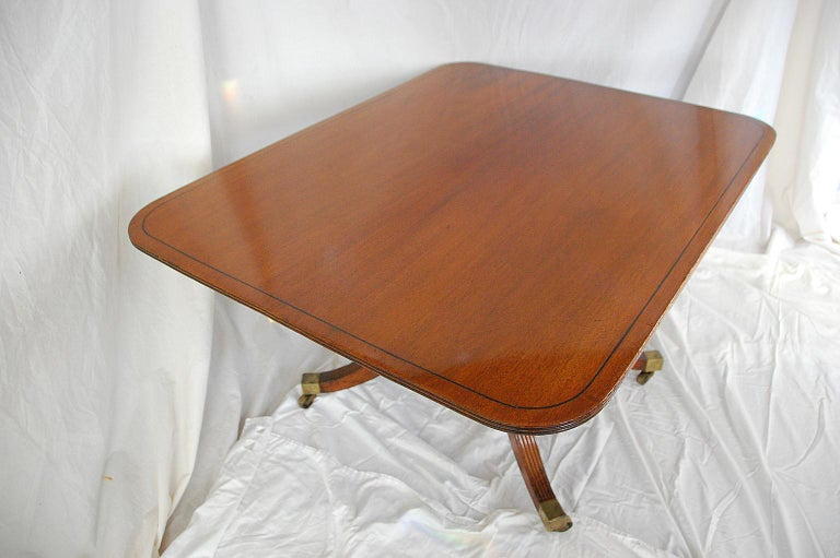 English Regency Period Mahogany Single Pedestal Dining or Breakfast Table In Good Condition For Sale In Wells, ME