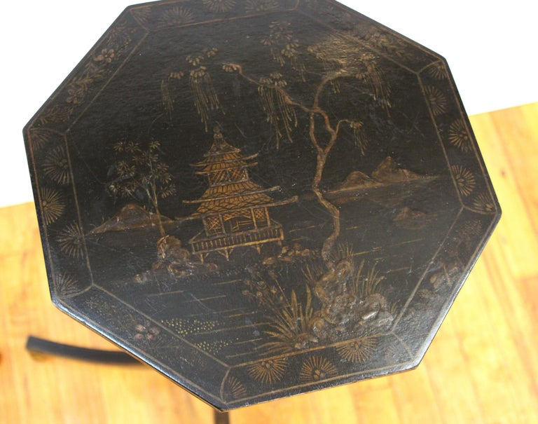 English Regency Style Chinoiserie Side Tables In Good Condition For Sale In New York, NY