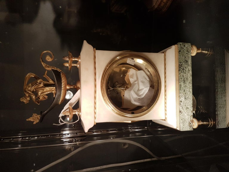 Early 19th Century English Regency Thomas Weeks Neoclassical Marble and Ormolu Mantel Clock For Sale