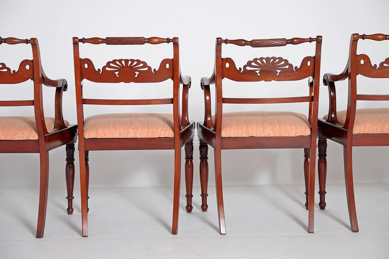 English Regency Trafalgar Dining Chairs / Set of Eight '8' In Good Condition For Sale In Dallas, TX