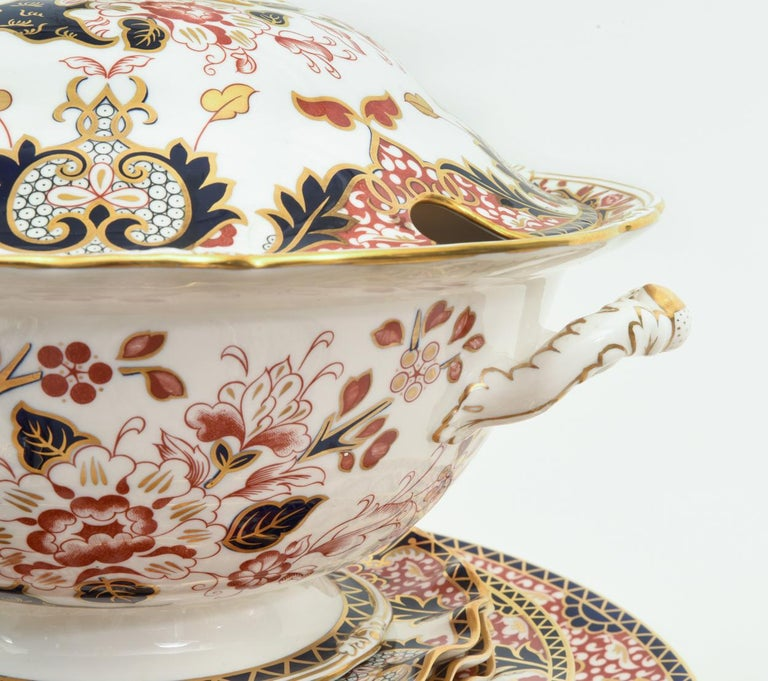 English Royal Crown Derby Complete Service for Twelve People For Sale 6