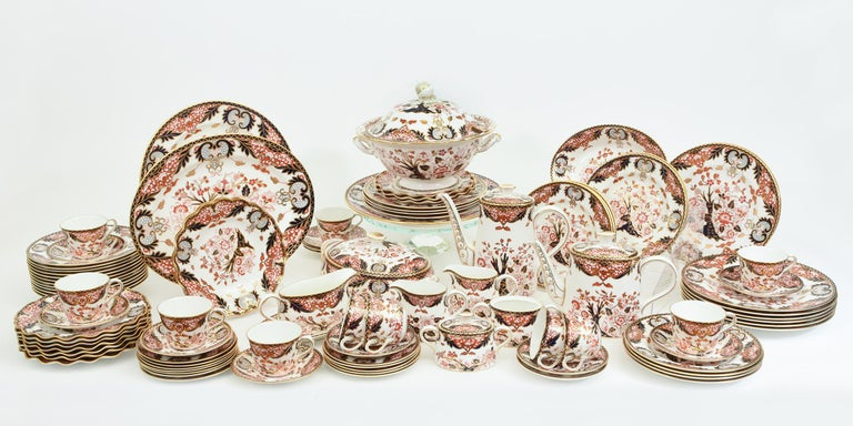 English Royal Crown Derby Complete Service for Twelve People For Sale 15