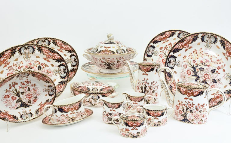 English Royal Crown Derby Complete Service for Twelve People For Sale 1
