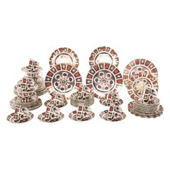 English Royal Crown Derby Porcelain Dinner Service