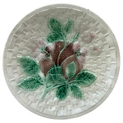 English Rustic Majolica Blackberries Plate, circa 1890