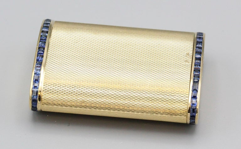 Women's or Men's English Sapphire 18 Karat Gold Sliding Midcentury Pillbox For Sale