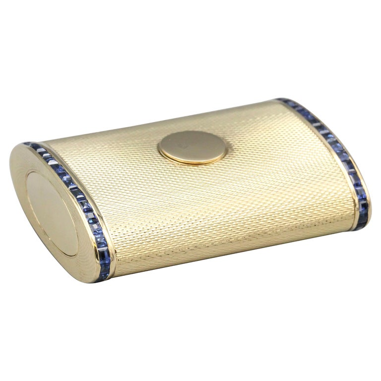 English Sapphire 18 Karat Gold Sliding Midcentury Pillbox For Sale