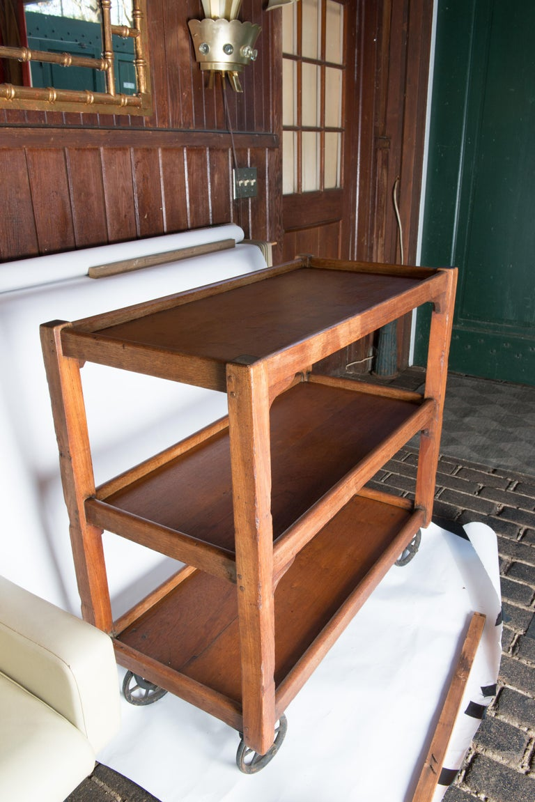 English Serving Cart In Good Condition For Sale In Stamford, CT