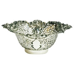 English Silver basket by Henry Moreton, 1900-1920