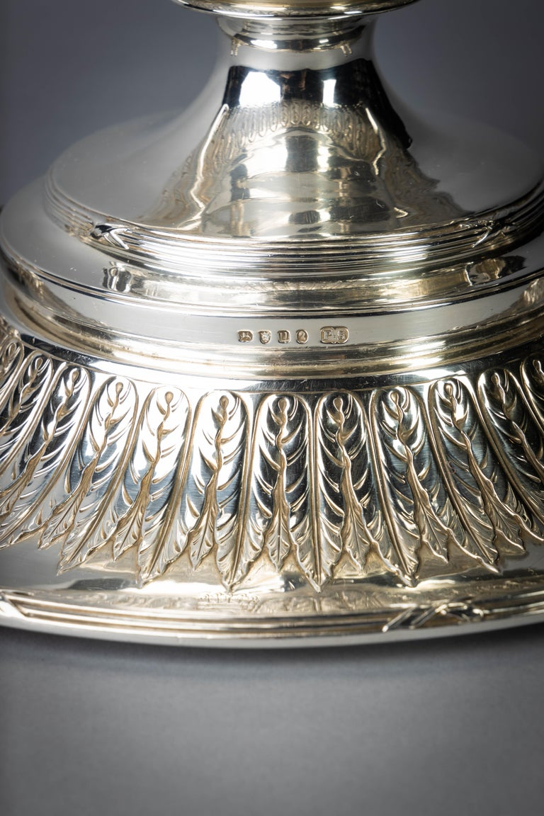 English Silver Covered Soup Tureen on Stand For Sale 2
