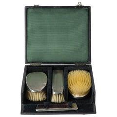 English Silver Elegant Brushes Set