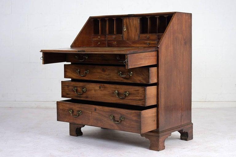 English Slant Front Secretary Desk, circa 1820s In Excellent Condition For Sale In Los Angeles, CA