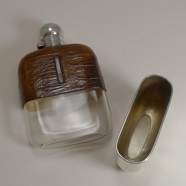 Early 20th Century English Sterling Silver and Crocodile Skin Hip Flask, 1929 For Sale