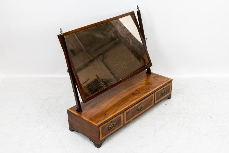 18th Century English Three-Drawer Dressing Mirror For Sale