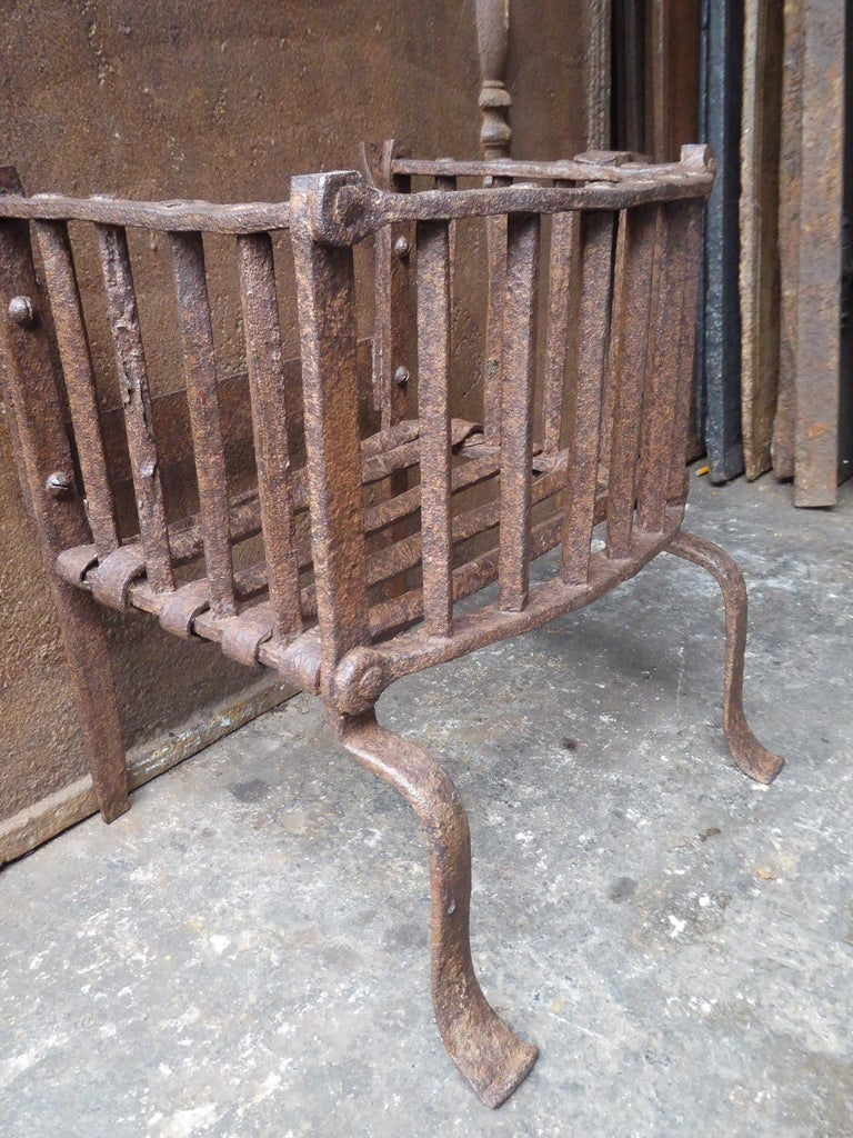 Forged English Tudor Fireplace Grate or Fire Basket, 17th Century For Sale