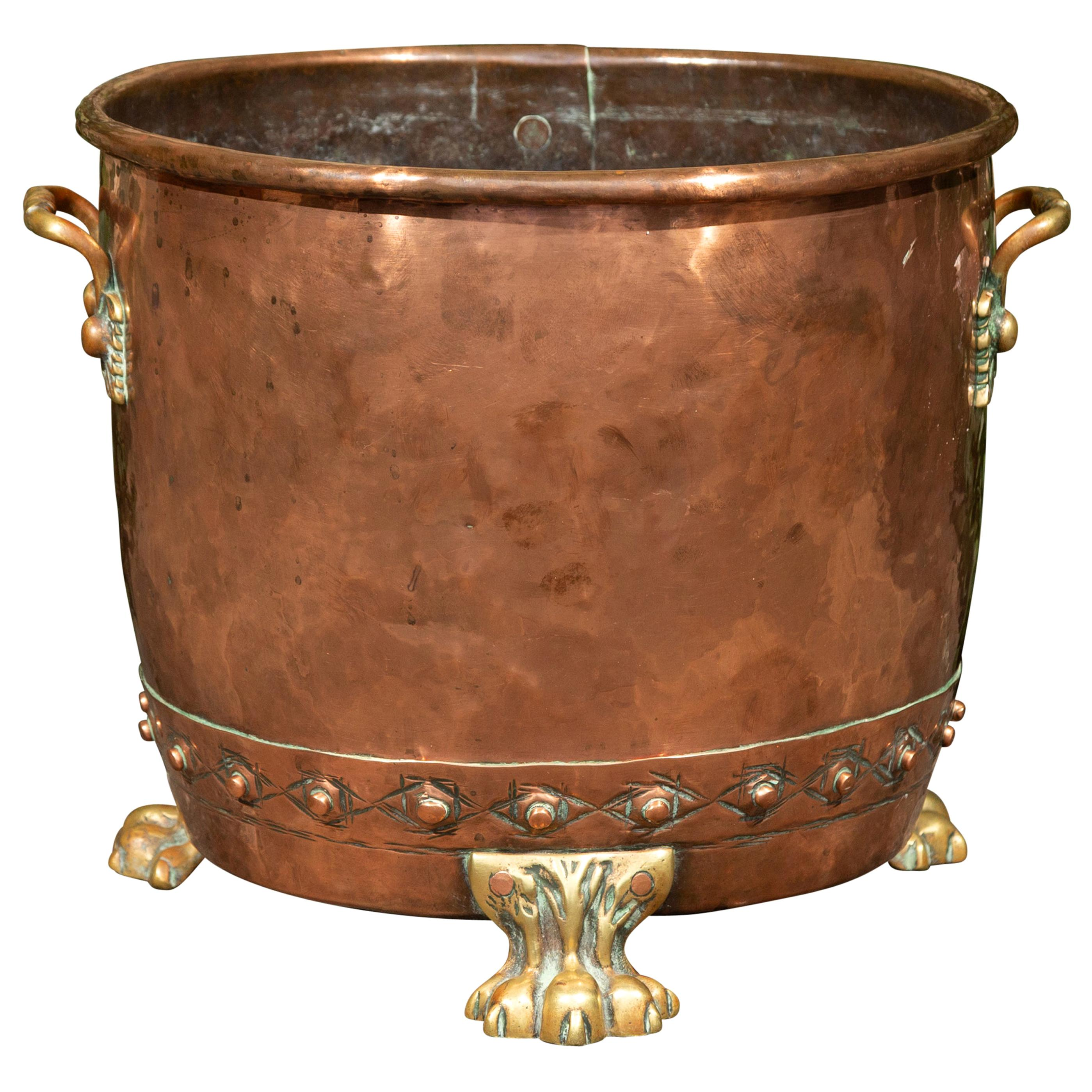 English Turn of the Century 1900s Copper and Brass Planter with Lion Paw Feet