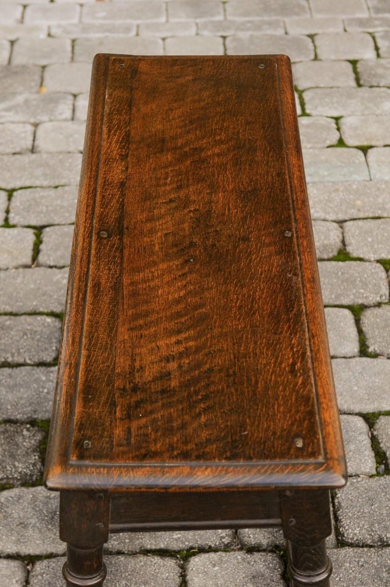 English Turn of the Century Oak Bench with Turned Base and Side Stretcher, 1900s 10