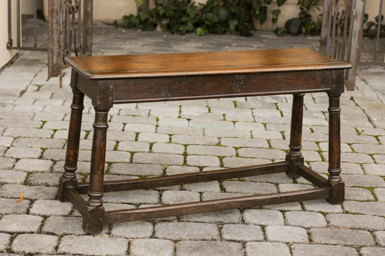English Turn of the Century Oak Bench with Turned Base and Side Stretcher, 1900s 2
