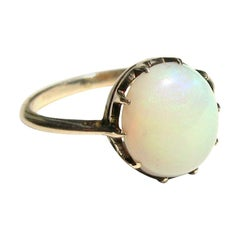 English Victorian 9 C Karat gold Claw set Opal Ring
