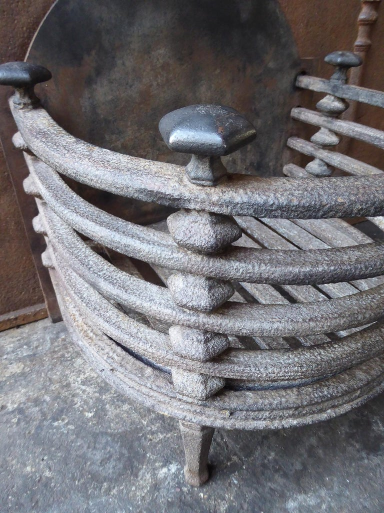 English Victorian Fireplace Grate, Fire Basket For Sale 5