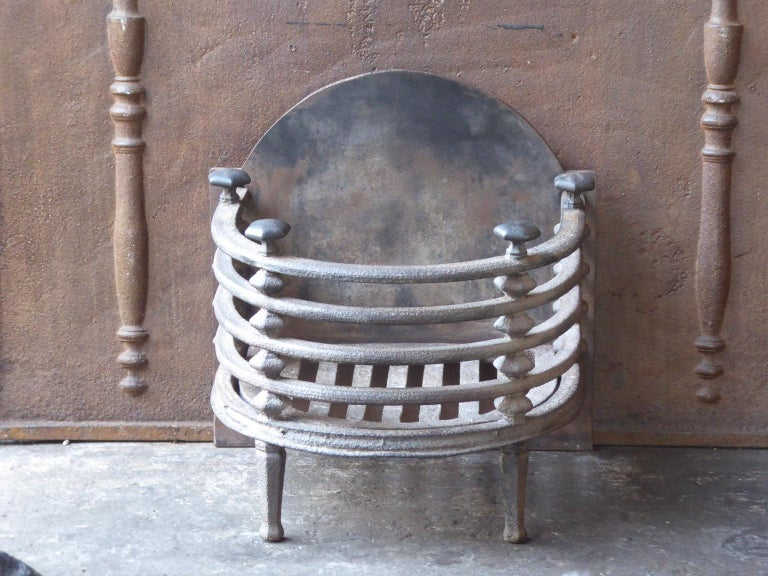 English Victorian Fireplace Grate, Fire Basket For Sale 2