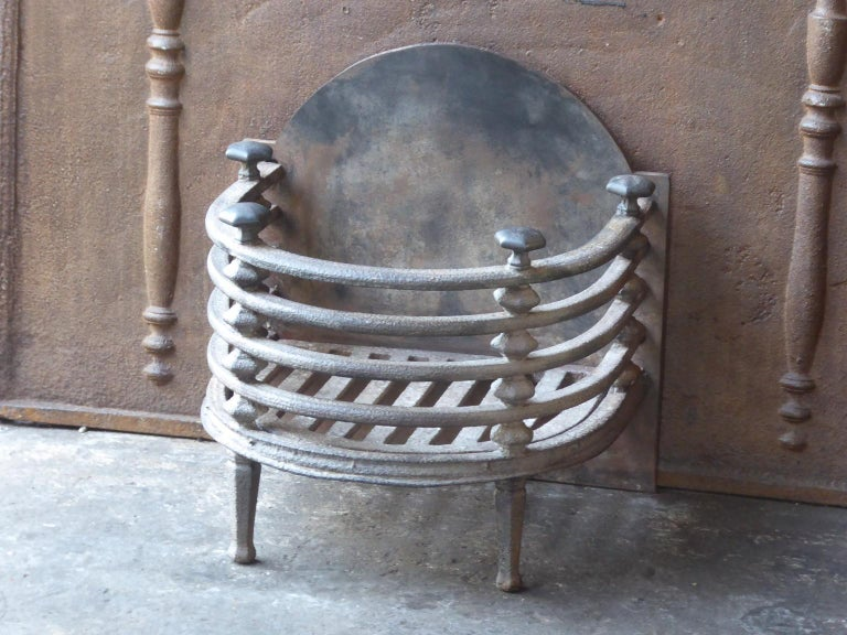 English Victorian Fireplace Grate, Fire Basket For Sale 3