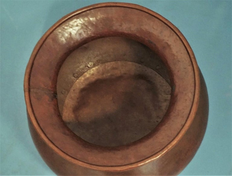 19th Century English Victorian Handcrafted Copper Pot or Vase with Rivets For Sale