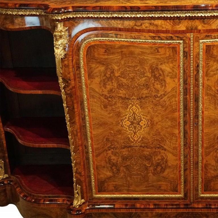 English Victorian Inlaid Burl Walnut Side Cabinet Credenza, circa 1870 For Sale 6
