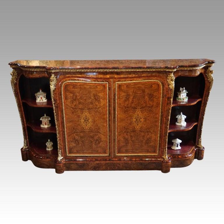 English Victorian Inlaid Burl Walnut Side Cabinet Credenza, circa 1870 For Sale 11