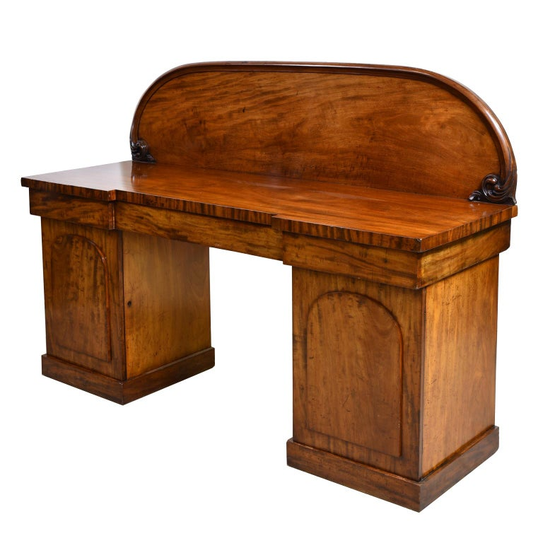 Late Victorian English Victorian Pedestal Base Sideboard in Mahogany, circa 1850 For Sale