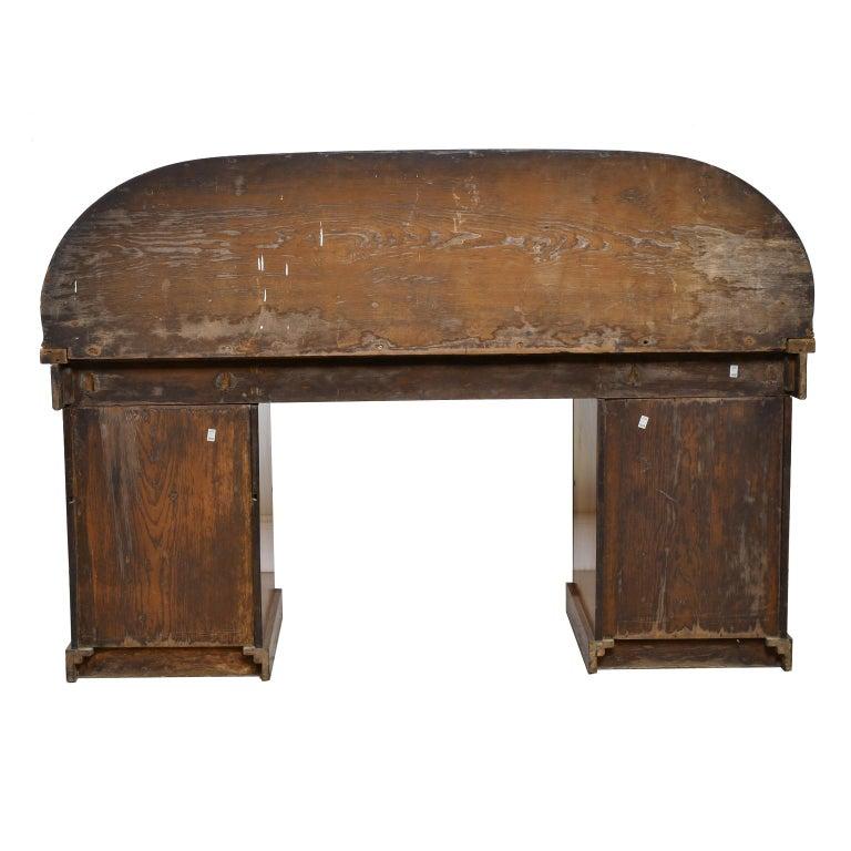 English Victorian Pedestal Base Sideboard in Mahogany, circa 1850 For Sale 1
