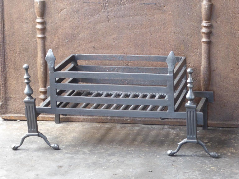 British English Victorian Style Fireplace Grate, Fire Grate For Sale