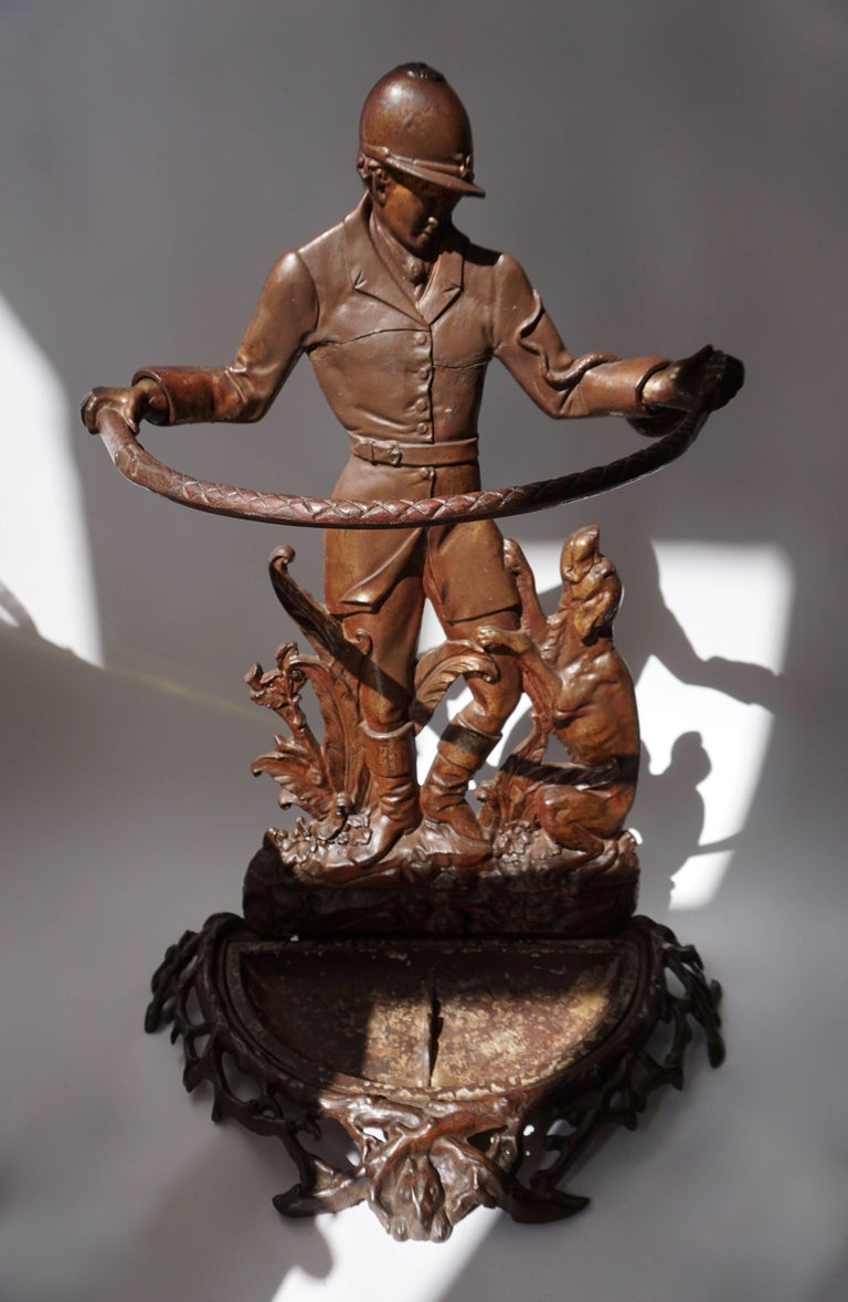 English Victorian Umbrella Stand Representing  a Hunter with his Dog For Sale 5