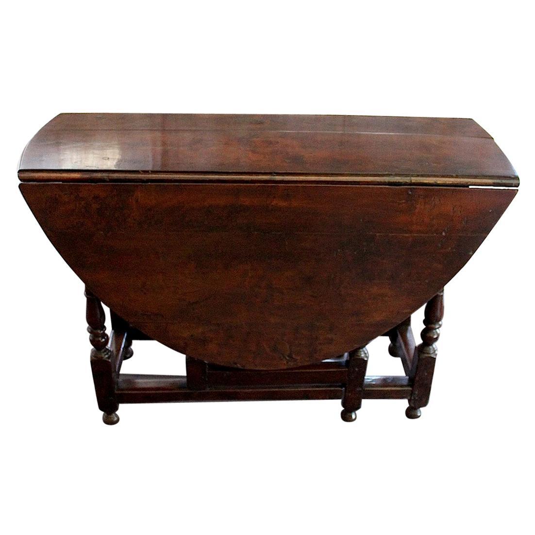 English Walnut Gate Leg Table, circa 1685