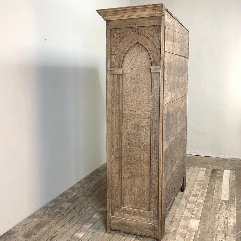 English Wardrobe, 19th Century Stripped Oak In Good Condition In Dallas, TX