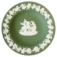 English Wedgwood Jasperware Jewelry Dish with Neoclassical Design
