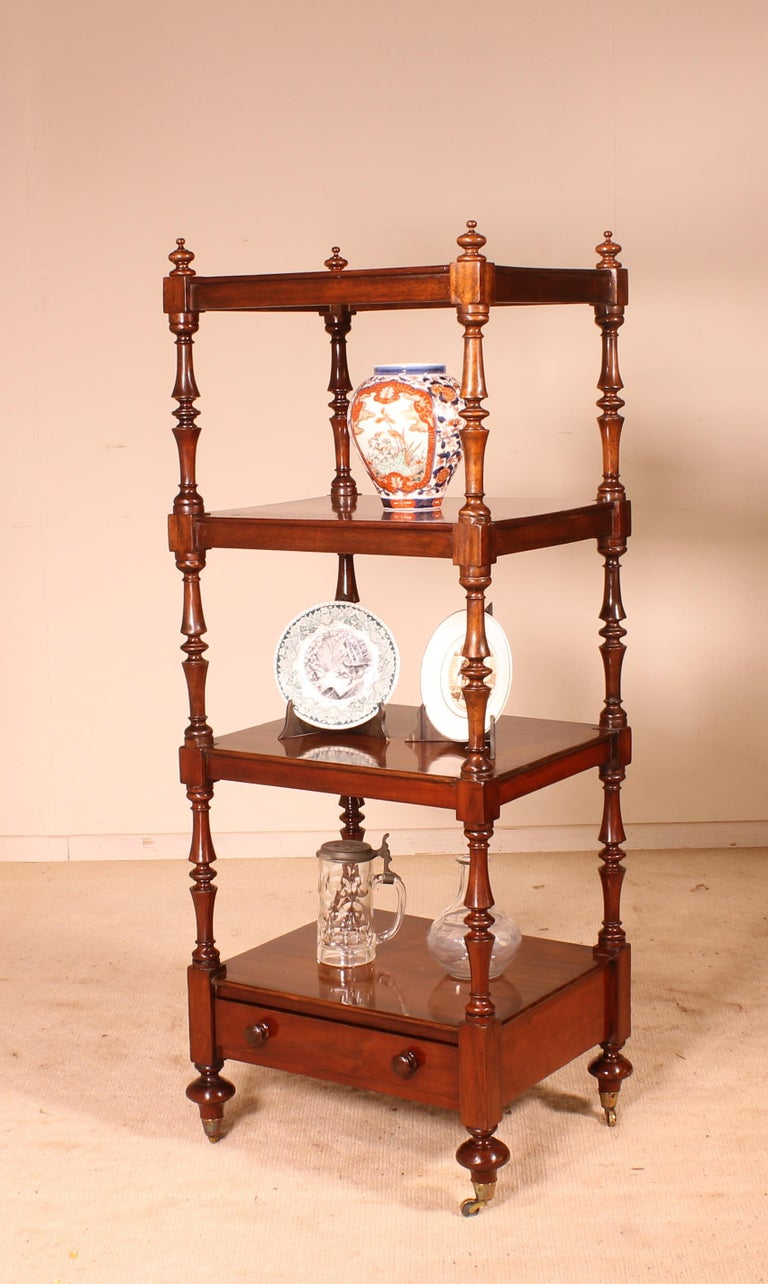English Whatnot 19th Century in Mahogany For Sale 3