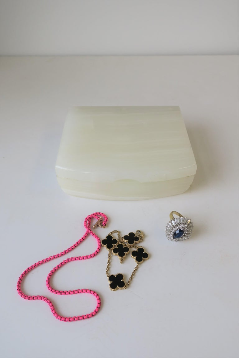 Polished English White Onyx Marble and Brass Jewelry Box For Sale