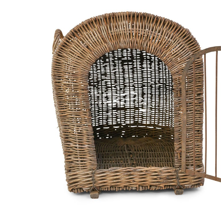 English Brown Wicker Dog Kennel Basket For Sale 5