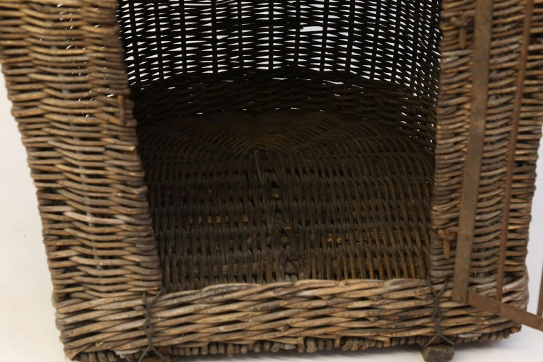 English Brown Wicker Dog Kennel Basket For Sale 6