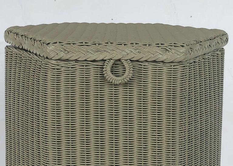 English Wicker Garden Hexagonal Linen Hamper by Lloyd Loom For Sale 6
