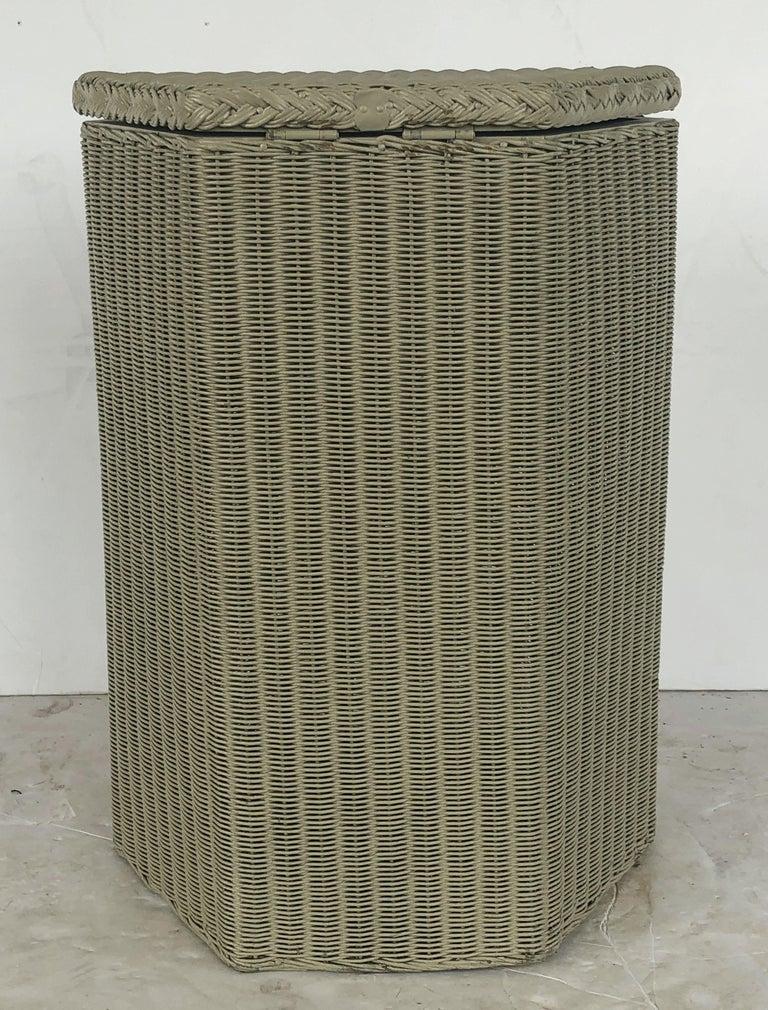 English Wicker Garden Hexagonal Linen Hamper by Lloyd Loom For Sale 7